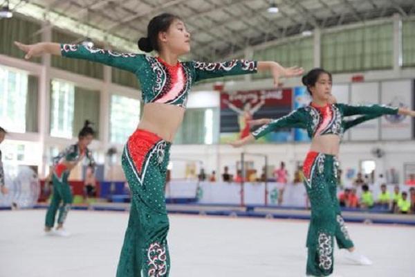 珠海体操冬夏令营结营 5名孩子有望入选珠海体操后备队